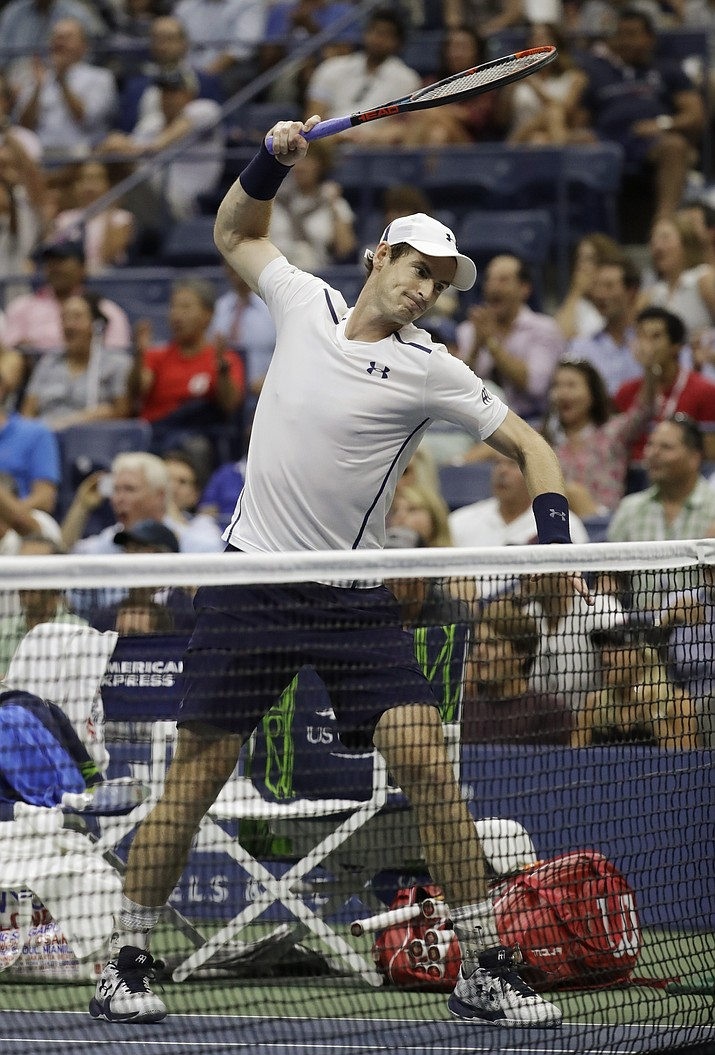 Andy Murray reacts during the fifth set of his match with Kei Nishikori during the quarterfinals of the U.S. Open on Wednesday in New York.