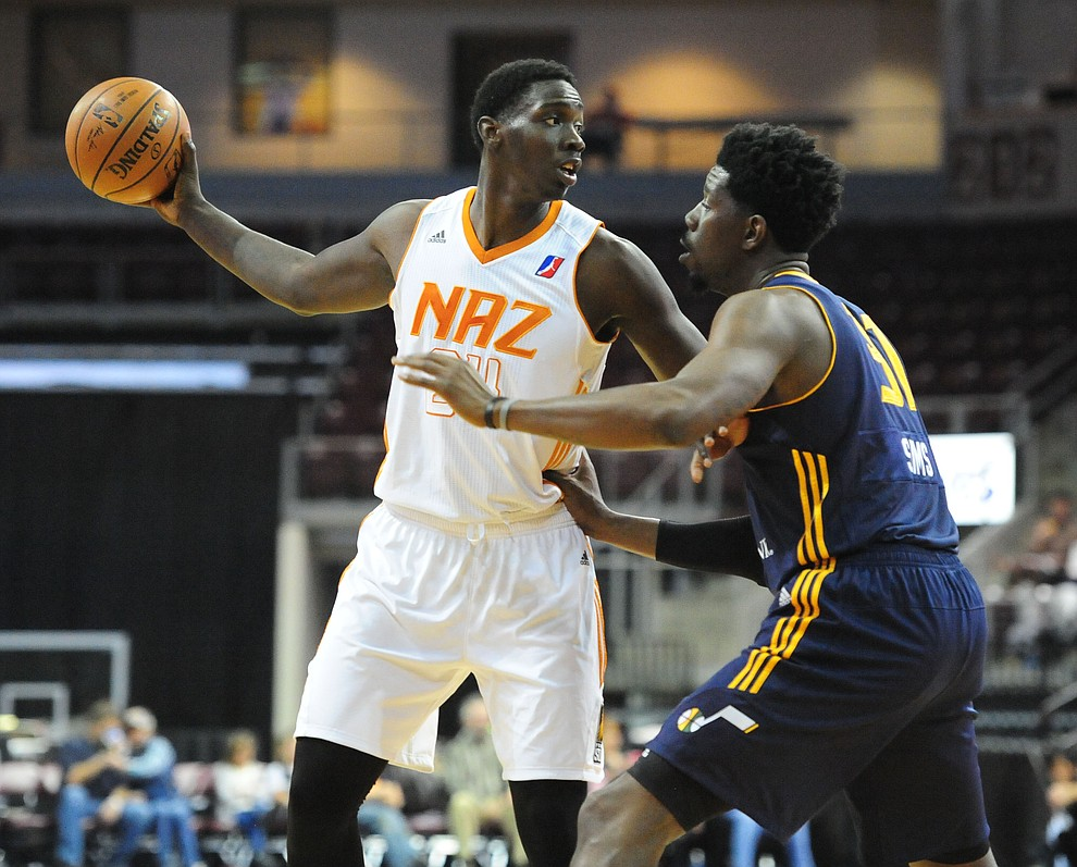 Northern Arizona's Johnny O'Bryant looks for an open team mateas the Suns take on the Salt Lake City Stars Saturday, November 19 at the Prescott Valley Event Center. (Les Stukenberg/The Daily Courier)
