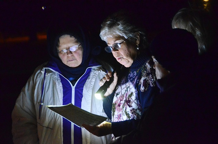 Carolers sing holiday songs at the Town Park Gazebo in this file photo. (VVN/Vyto Starinskas)