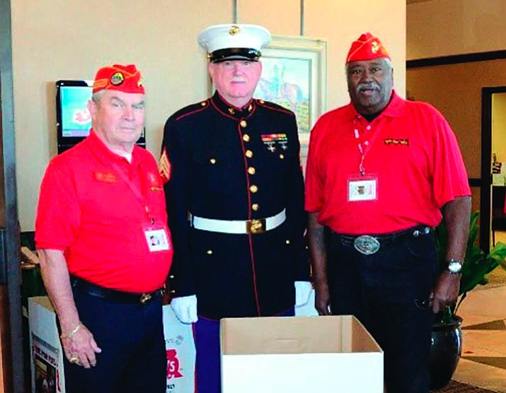 Joe Iungerman and members of the Marine Corps League.
