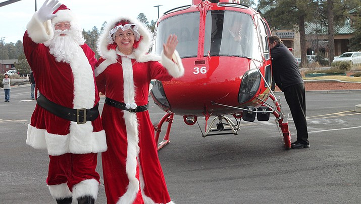 Santa pays a visit to Grand  Canyon Village General Store Dec. 16