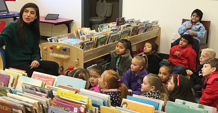 CVUSD's first grade classes recently had a chance to explore the new town library. (Photo courtesy CVUSD)