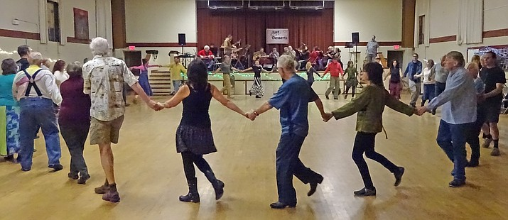 Cottonwood Contra Dance, January 21, 2017.