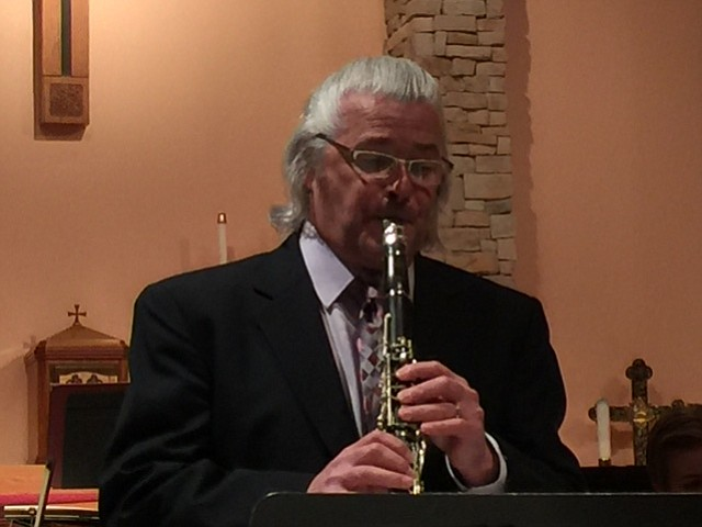 Scott Richardson plays the clarinet in a solo performance during the Feb. 3 concert.