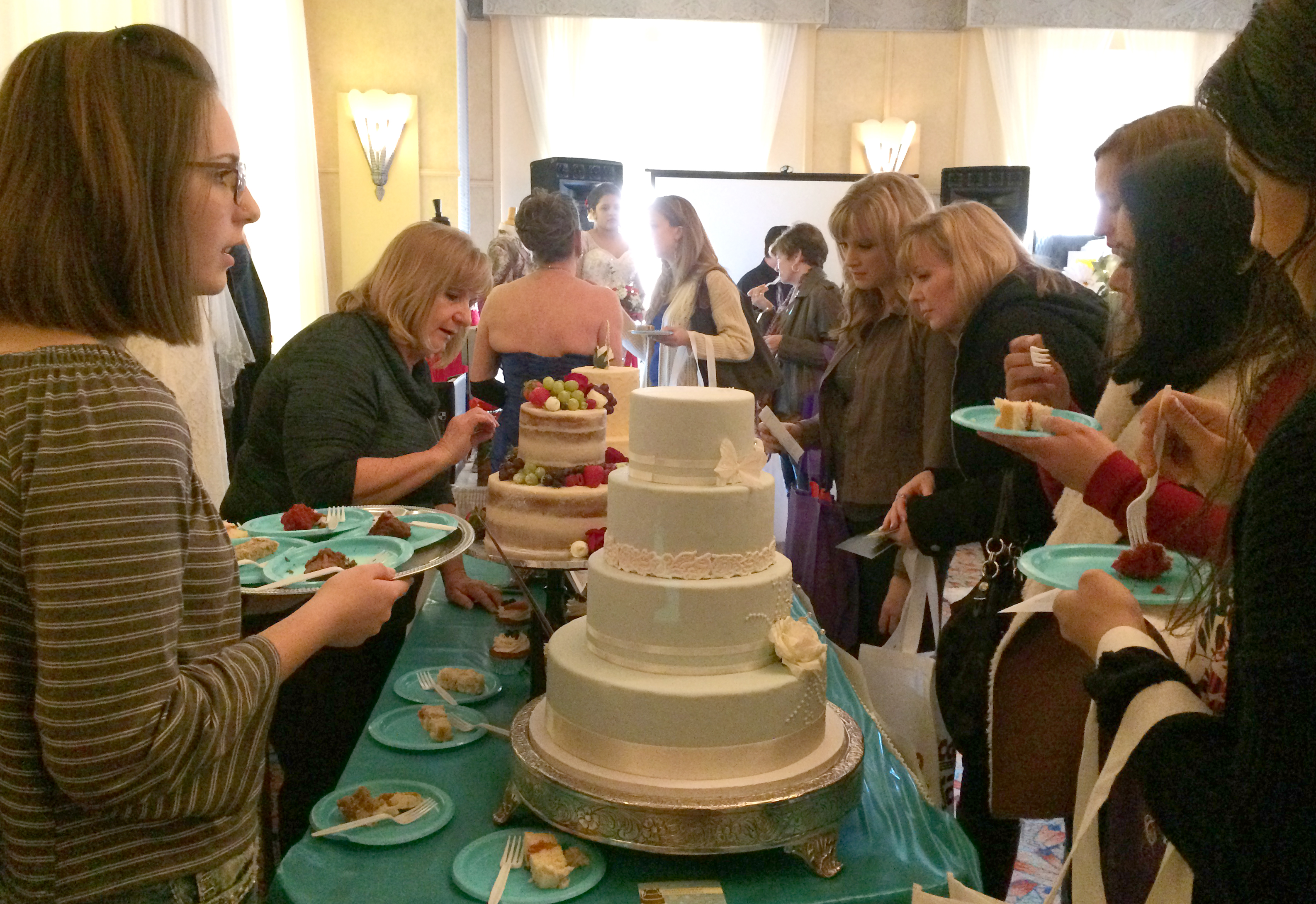 Photo gowns cakes take center stage at prescott bridal for Wedding expo az