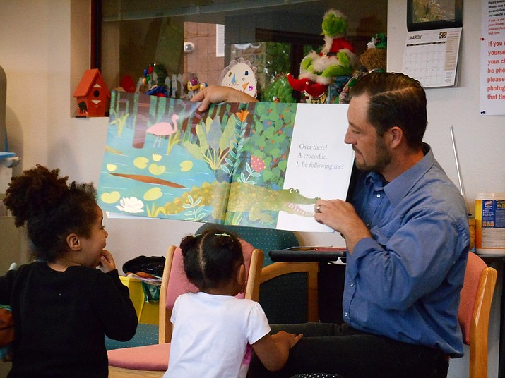 Cottonwood Mayor Tim Elinski stepped up to do Thursday's preschool storytime reading at the Cottonwood Public Library. Preschool storytime happens every Thursday from 10 to 11 a.m. in the Youth Services Department. (Photo courtesy of Cottonwood Library)