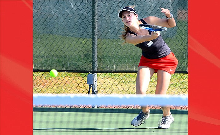 Mingus Union junior Emma Williams won her singles match against No. 11 Coconino on Thursday afternoon. Williams will play in the doubles state tournament. (VVN/Vyto Starinskas)
