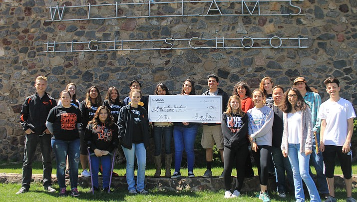 WHS Student Council recieves $1,000 donation