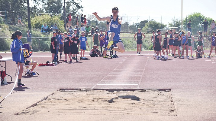 Camp Verde junior Nate Schultz leads Camp Verde at the Division IV state championship this weekend at Mesa Community College. He is ranked No. 3 in the state in the triple jump, 10th in the 300m hurdles and sixth in the long jump. (VVN/James Kelley)