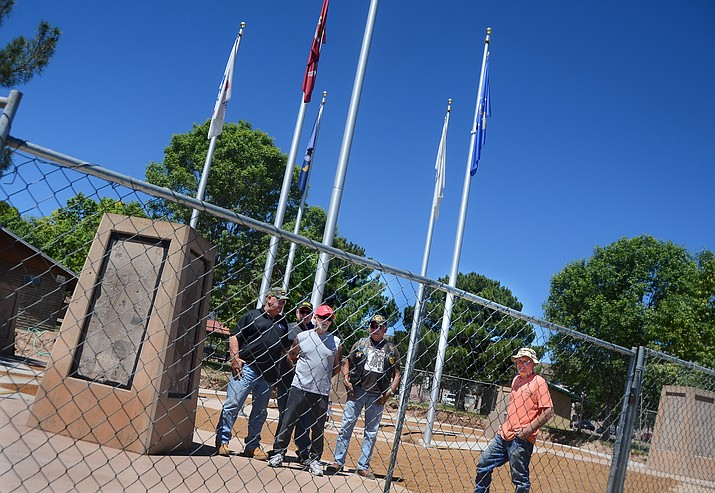 May 27 at 1 p.m., the Verde Valley Military Service Park will unveil the completed U. S. Army service monument, inscribed with 83 names of local Army veterans. VVN/Vyto Starinskas