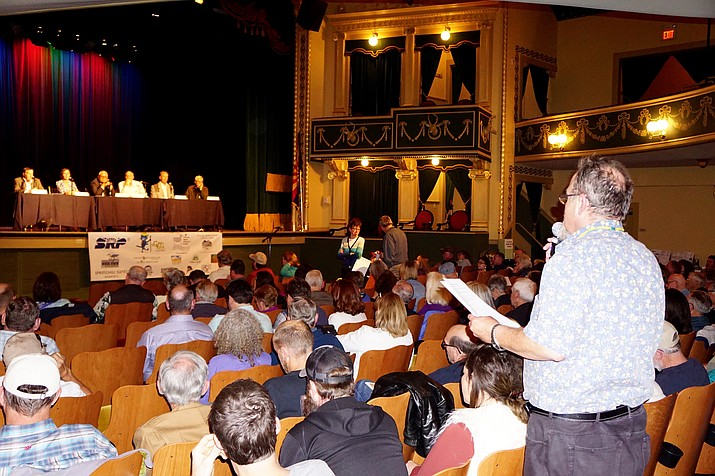 """Local resident William Gauslow makes a comment to a panel of water experts on May 17, after a screening of the documentary film """"Groundwater, To Enact a Law for the Common Good."""""""