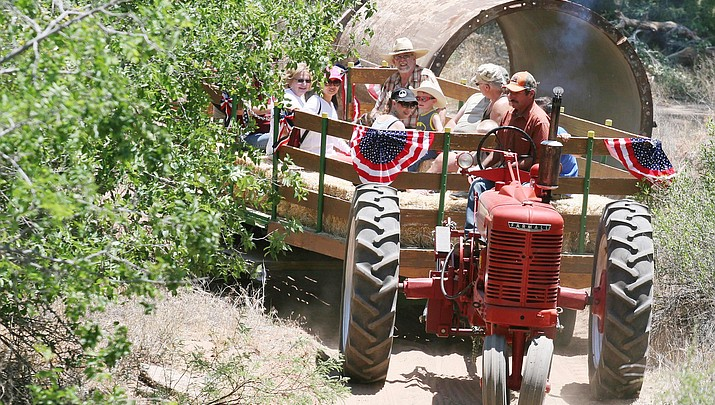 Turn-of-the-20th-century engines fire on all cylinders at McGuireville's annual Memorial Day tractor & engine show