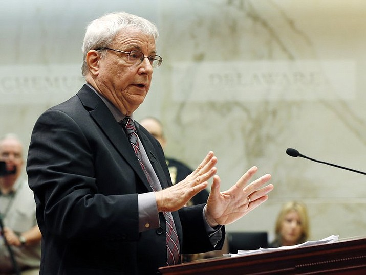 In this 2014 file photo, attorney Steven Wise of the Nonhuman Rights Project argues on behalf of Tommy, a chimpanzee, before the New York Supreme Court Appellate Division, in Albany, N.Y. A New York appeals court on Thursday, June 8, 2017 is upholding a lower court's ruling that two adult male chimpanzees don't have the legal rights of people. (AP Photo/Mike Groll, File)