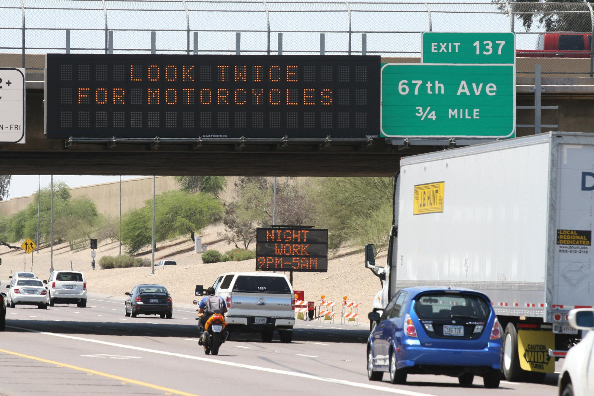 Arizona motor vehicle crash deaths rose to 962 in 2016 for Az dept transportation motor vehicle division