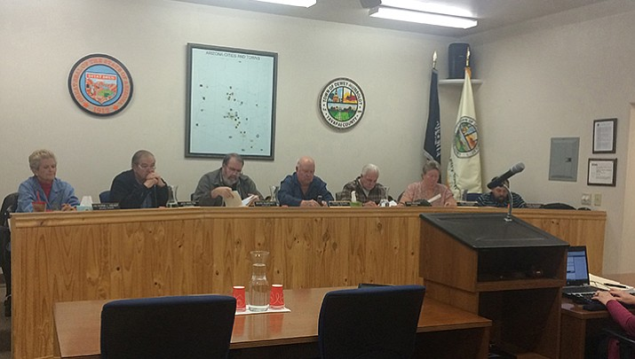 D-H council divided over manager issues
