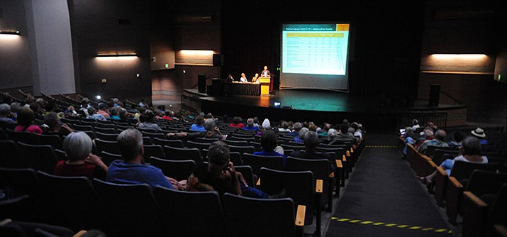 About 200 people listen to PSPRS Deputy Chief Investment Officer Mark Steed during a PSPRS town hall meeting in Prescott Wednesday, July 26. (Les Stukenberg/Courier)