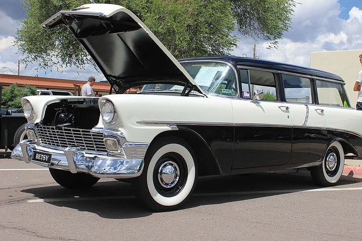 Williams annual Cool Country Cruise-in will feature more than 30 trophies for participants.