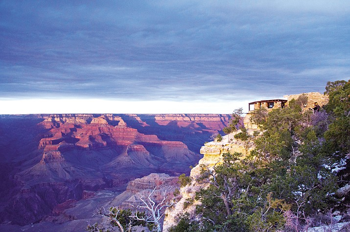 The federal government announced Wednesday it will eliminate a policy that allowed national parks like the Grand Canyon to ban the sale of bottled water in an effort to curb litter.