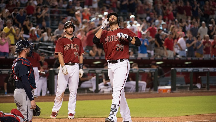 Twins rout D-backs for the sweep