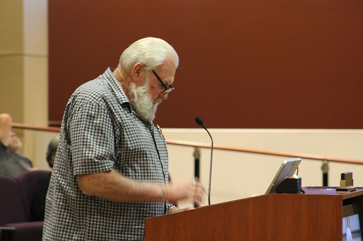 Doug Dickmeyer addresses the City Council last week.