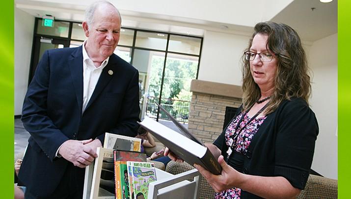 O'Halleran donates books to Camp Verde library through special Library of Congress program
