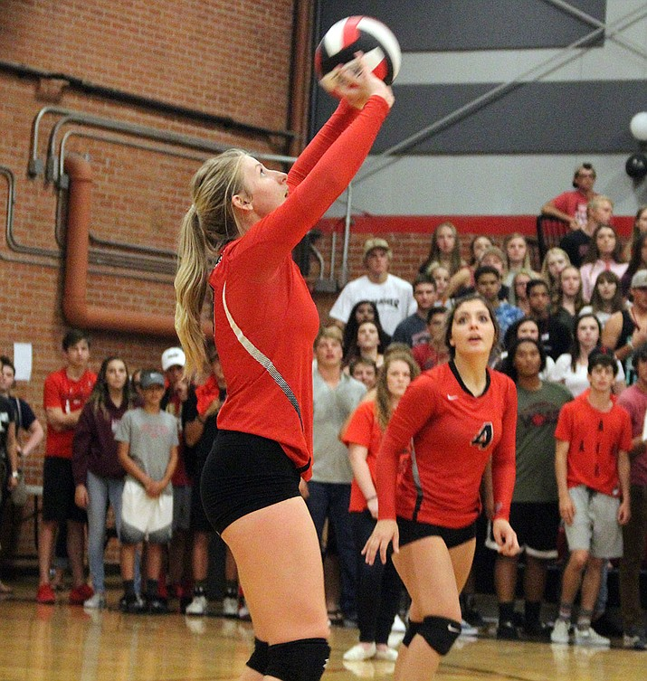 Lee Williams' Sadie Snay tallied a team-high 13 kills Thursday as the Lady Vols swept Kingman Academy, 3-0.
