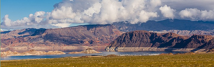 Lake Mead with visible water line. Arizona Department of Water Resources reported an additional 14 feet of elevation in the lake in 2017.