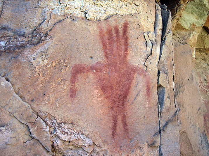 Many of the pictographs at Snake Gulch, like the one pictured above, feature a variety of human figures.
