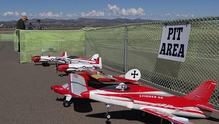 Model Aviators hold fun fly