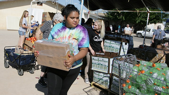 South Verde High School Students helping people in need