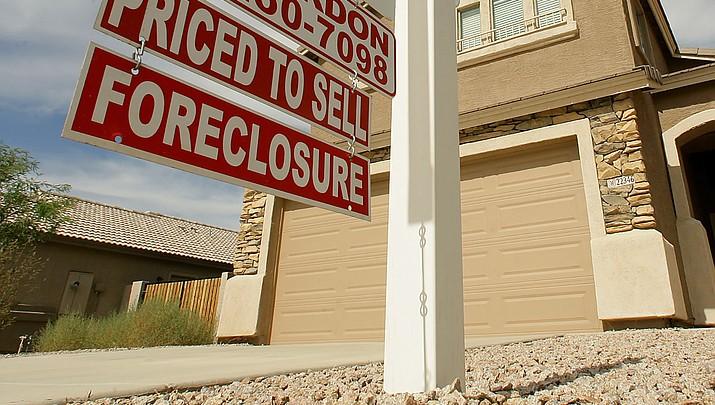 Arizona HOAs foreclosing thousands of homes
