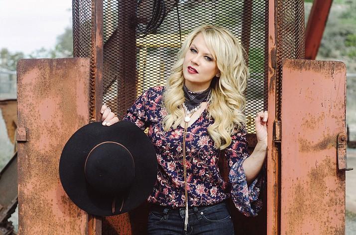 Country singer Shari Rowe