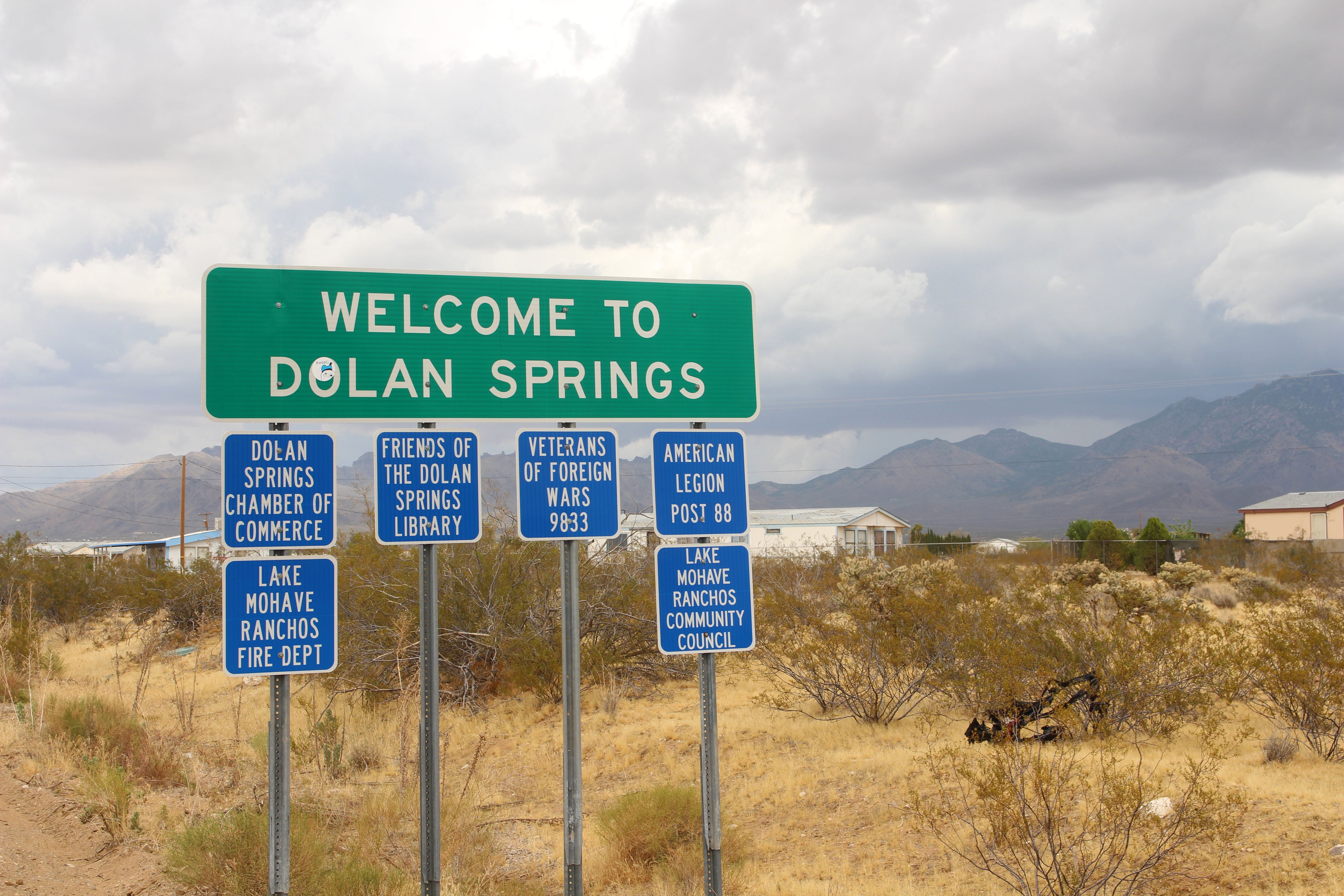 dolan springs chat rooms Dolan springs is a small and limited town with few activities a few locals operate various tours and activities but these are far from regular the best place to find out about these would be the dolan springs chamber of commerce located on the right hand side as you leave the main town.