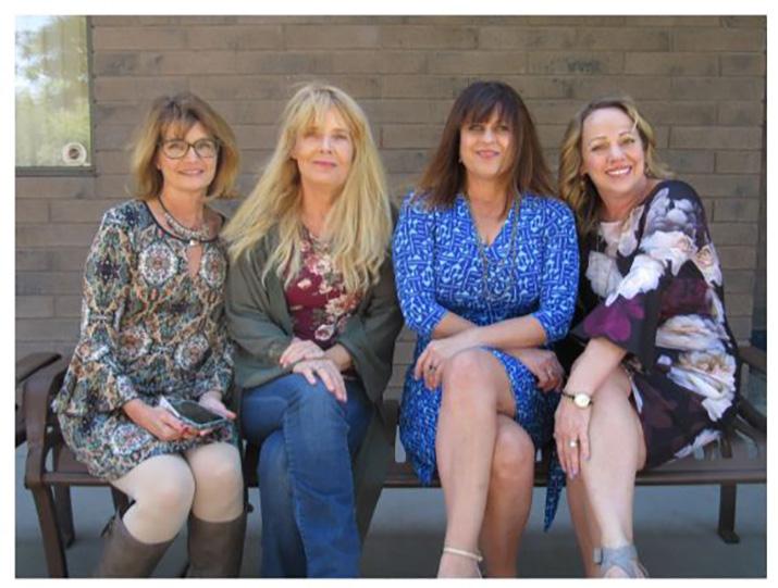 teens u2019  u0026 moms u2019 closets honors volunteers at luncheon