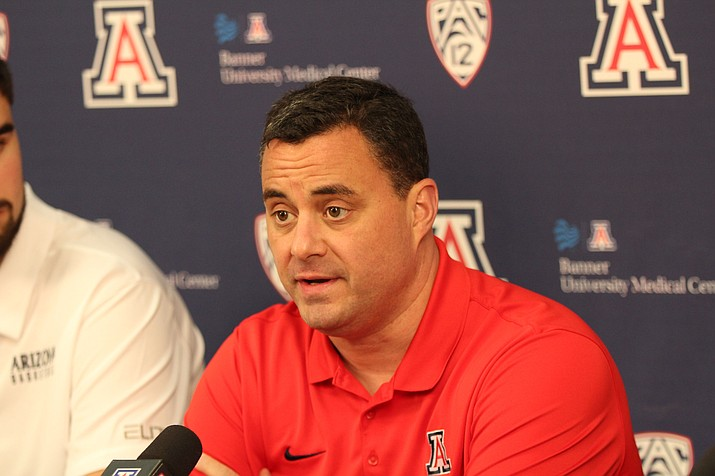 University of Arizona men's basketball coach Sean Miller talks about dealing with distractions as the Wildcats prepare for the season. (Photo by Eric Newman/Cronkite News)