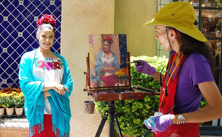 L'Auberge de Sedona hosts the Festival's Creekside Paint Out, and the public is invited to this beautiful resort to watch artists as they depict the spectacular scenery and flowing Oak Creek.