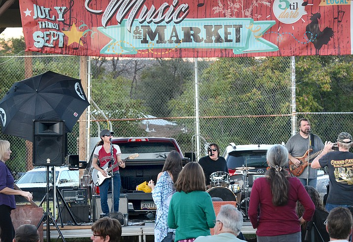 Llory McDonald and Combo Deluxe play the last Cottonwood Music and the Market event this summer (VVN/Vyto Starinskas)