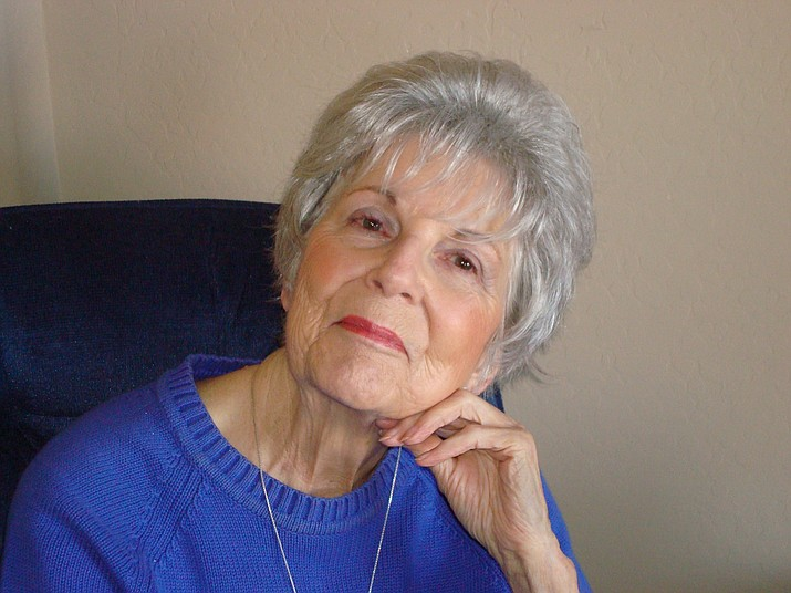Joan Adamak