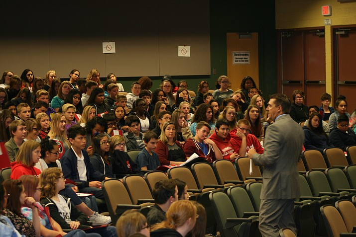 Superintendent Dan Streeter addresses students at the third annual HUSD Career Fair. (HUSD/Courtesy)