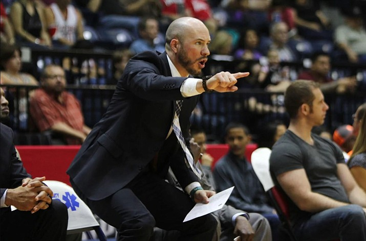 Former Rio Grande Valley assistant coach Cody Toppert yells out directions to his players during a game last season. Toppert was named the next head coach of the Northern Arizona Suns on Thursday, Nov. 2, 2017, in Prescott Valley. (NAZ Suns/Courtesy)