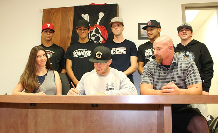 Mingus senior Tyler Kelly signed a National Letter of Intent to play college baseball at New Mexico. The Lobos are the defending Mountain West champions and see Kelly as an infielder. (VVN/James Kelley)