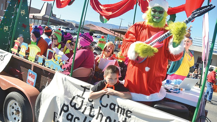 Santa comes to Cottonwood for 63rd annual Christmas Parade