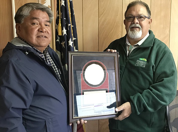 Jesse Delmar receives National Native American Law Enforcement Association award. Submitted photo