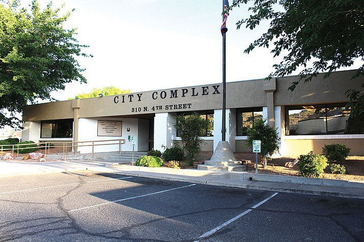 Former Paradise Valley town manager James Bacon has been hired to be the City of Kingman's interim city manager through March 1 while the city seeks a permanent solution.