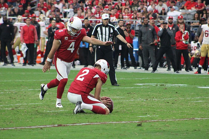A 57-yard field goal, one of Phil Dawson's (4) furthest field goal attempts, late in the fourth quarter tipped the Cardinals into a 27-24 win over the Jaguars.