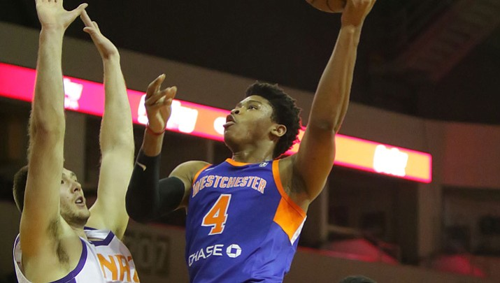NAZ Suns' 4th quarter woes continue in loss to Knicks