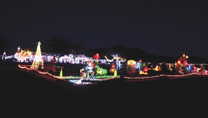 Kingman Photo | Christmas lights all around Golden Valley & Kingman Photo | Christmas lights all around Golden Valley | Kingman ...