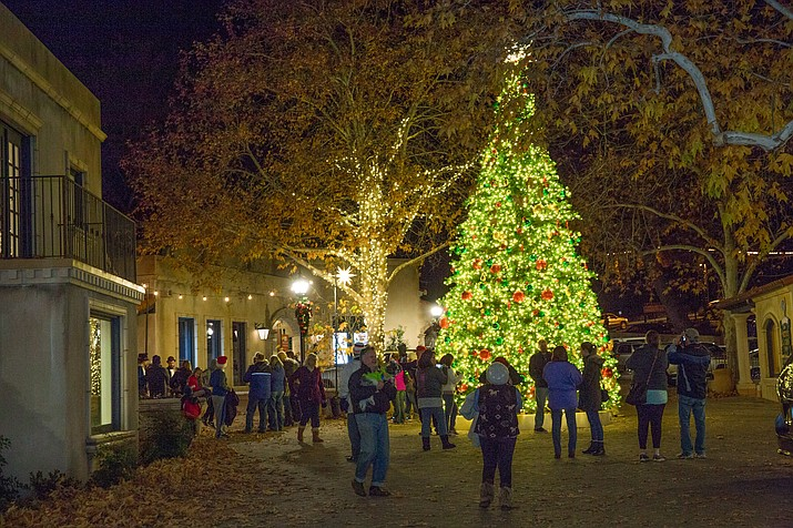 Now in its fifth year, the Holiday Sweet Stroll is a musical and entertainment extravaganza sprinkled with very special treats, gifts and sweet discounts to entice some holiday shopping. (Photo courtesy of Wib Middleton)