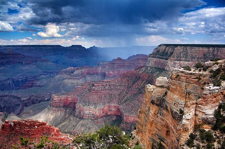 The Grand Canyon (Francisco Morais, Unsplash)