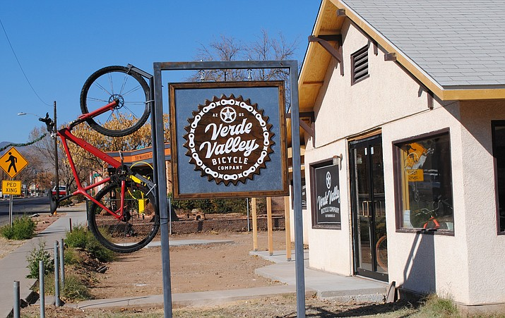 Monday, the Cottonwood Planning and Zoning Commission unanimously approved an outdoor merchandise display at the Verde Valley Bicycle Company. The new owner is in the process of updating the bike shop. (VVN/Jennifer Volpe)